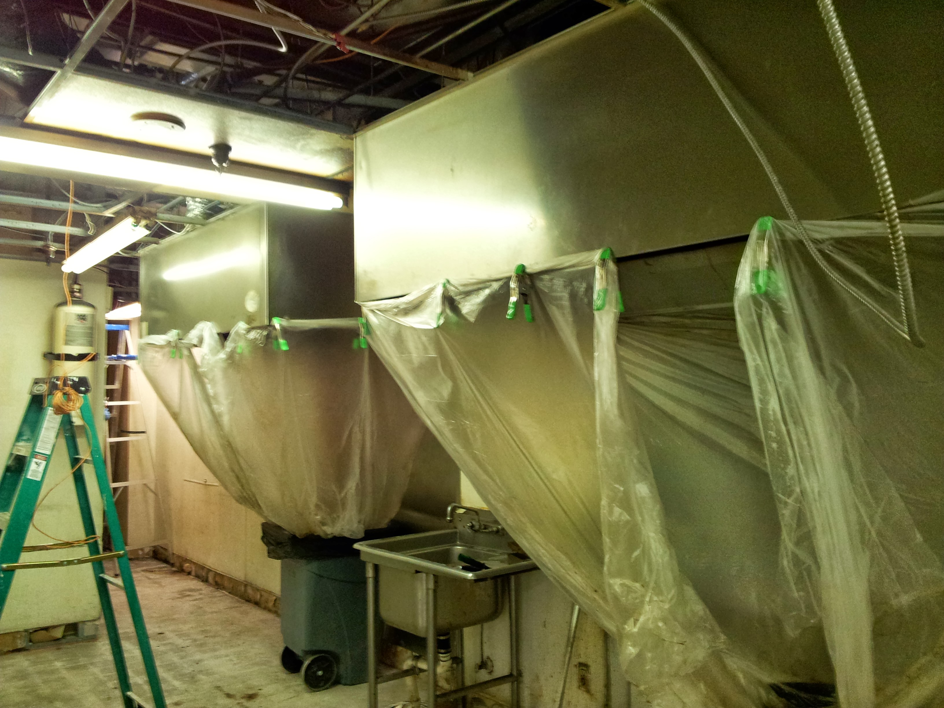 kitchen deep cleaning - commercial kitchen deep cleaning